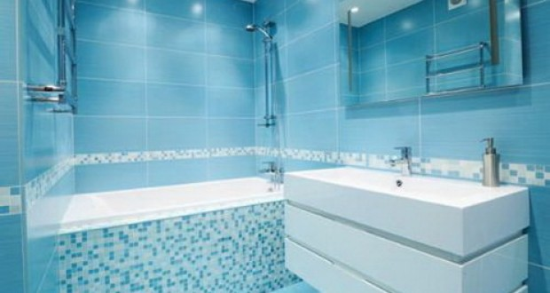 Phòng tắm ốp lát gạch màu xanh