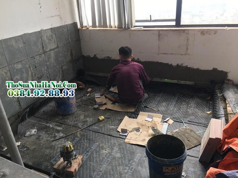 Thợ ốp lát chống thấm khu nhà bếp tại chung cư mỹ đình