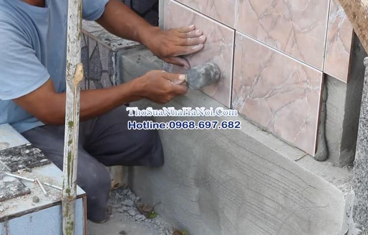 Đội thợ ốp gạch tường chuyên nghiệp, chuyên ốp lát tại Long Biên